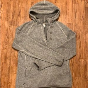 North Face Heather Gray Pull Over Sweater - L